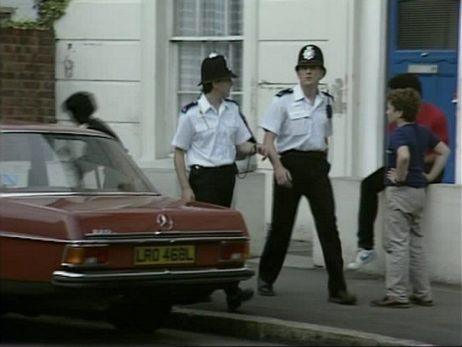 Mercedes W115 as a background car in The Bill, 1984