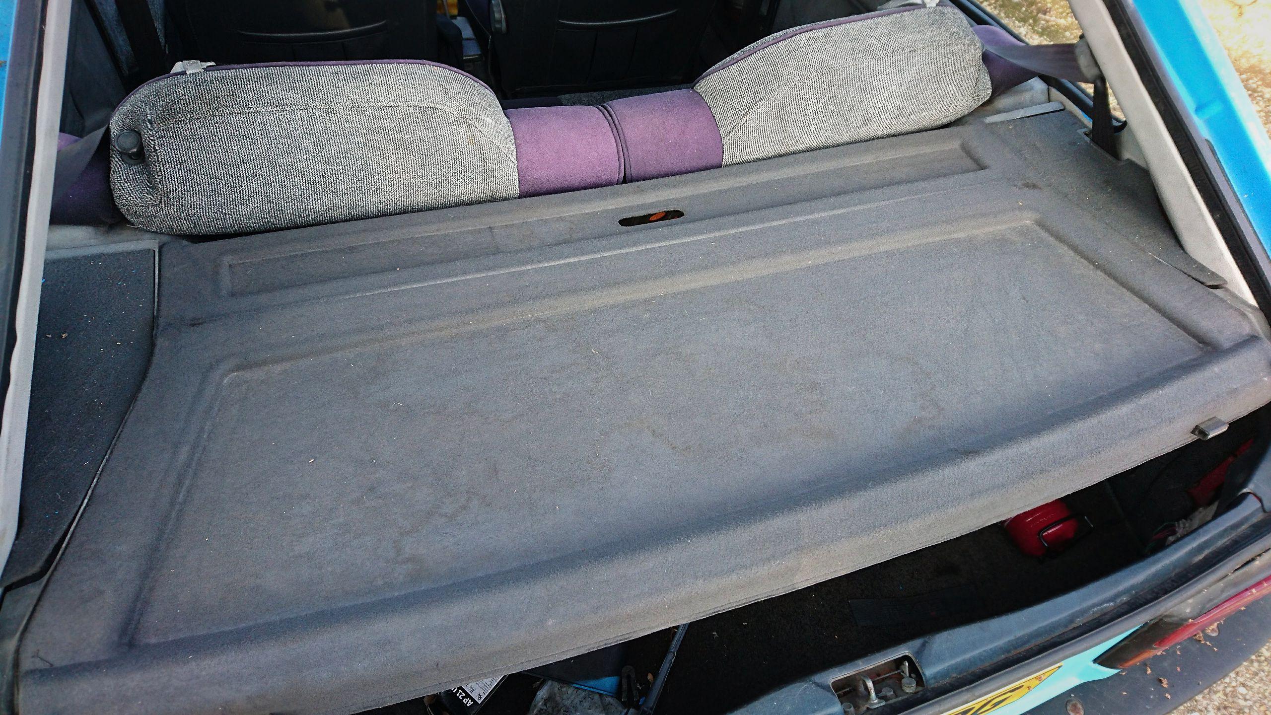 Mazda 323 BF parcel shelf