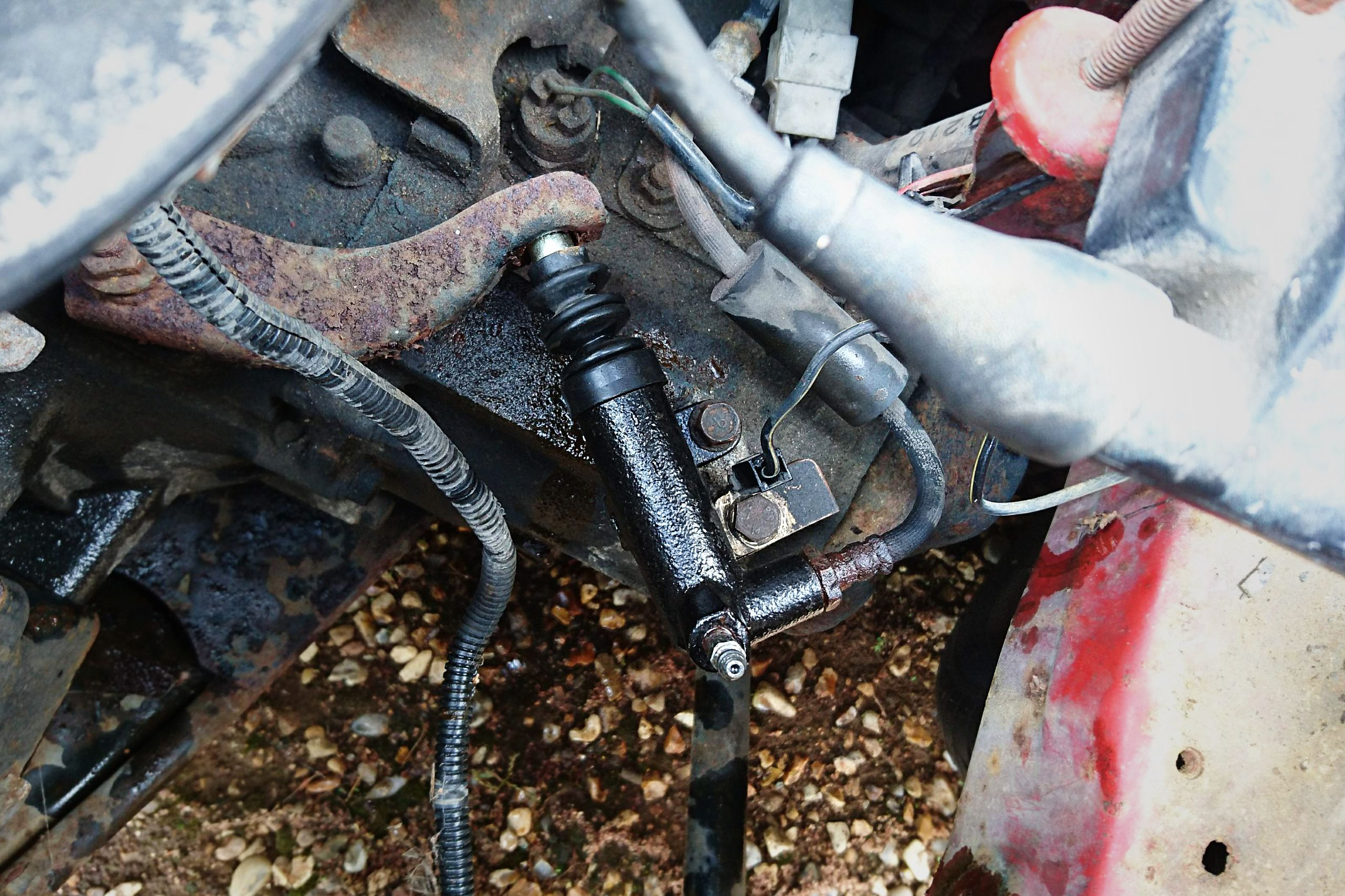 Mazda 323 GTX clutch slave cylinder