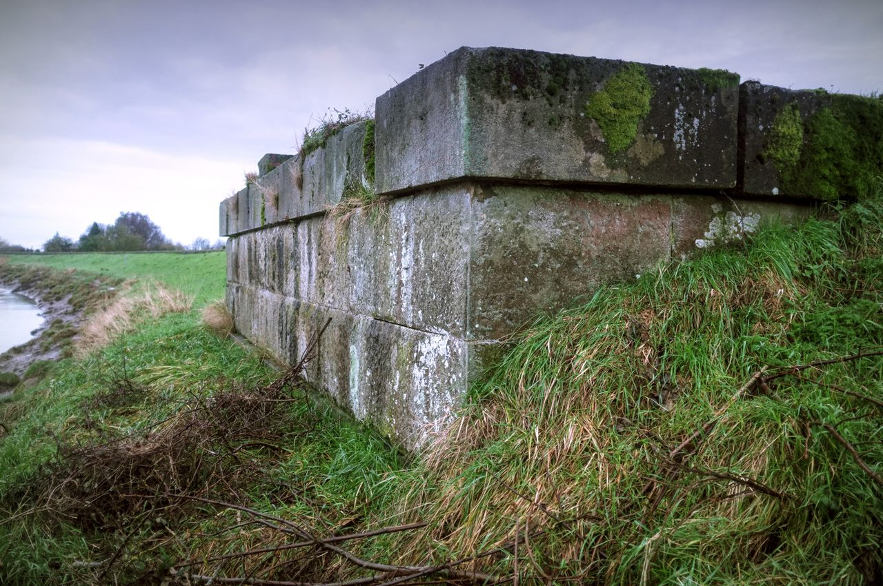 Another former bridge abutment